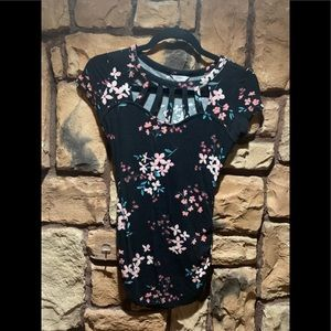 Candies strapped neck Tshirt